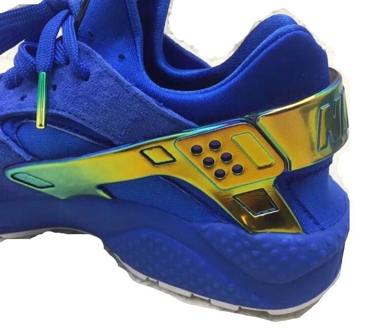 Nike Switches Up the Logos on This Huarache