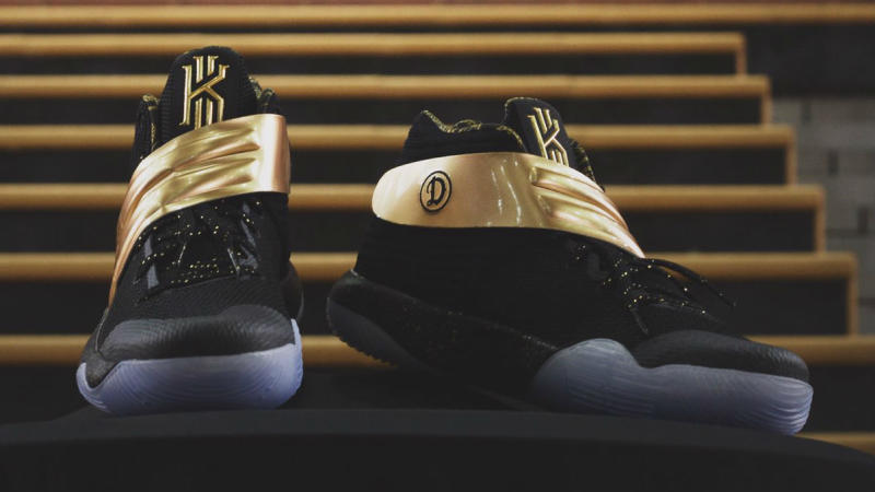 Nike Kyrie 2 LAUNFD Drew League Champions (3)