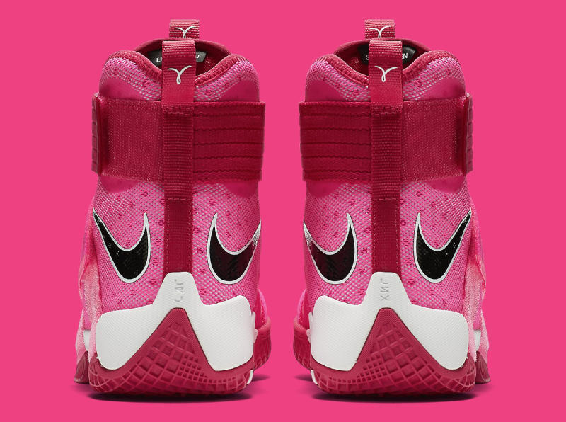 reputable site e9895 fc0a2 LeBron James Thinks Pink on New Sneakers