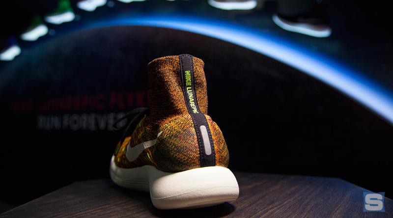 Nike LunarEpic Flyknit Women's Running Shoes Dark Grey/Black