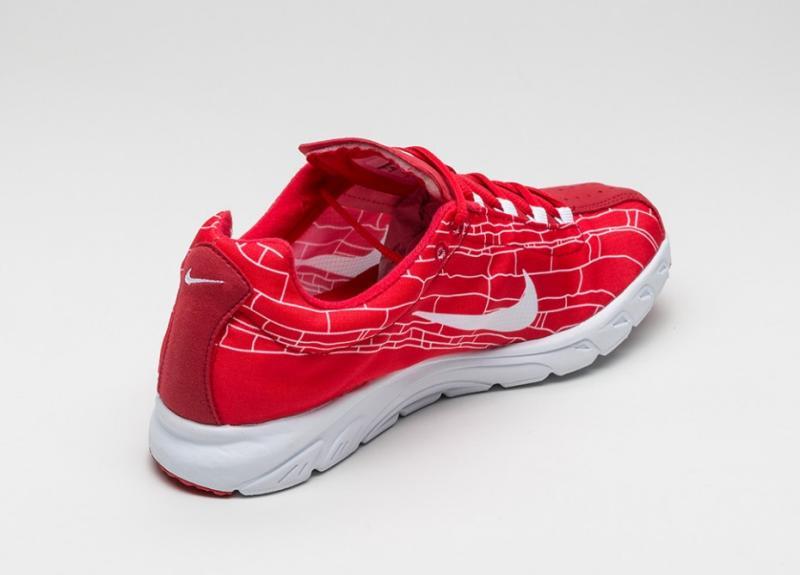 Nike Mayflyuniversityred Sneakers