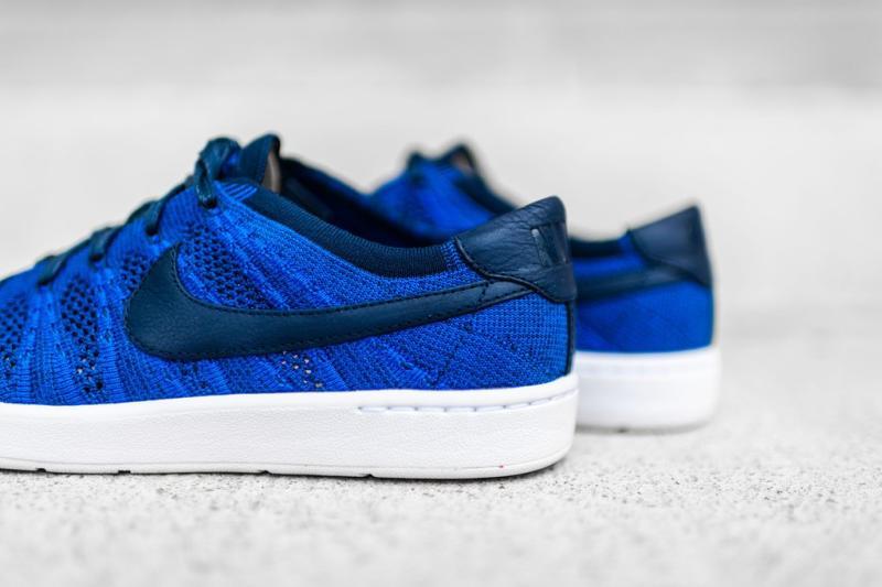 e5a4abe39e43 Nike Tennis Classic Ultra Flyknit Racer Blue (4)