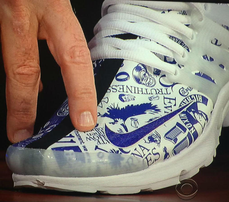 Phil Knight Gave Stephen Colbert A Very Personal Pair of Nike Sneakers (2)
