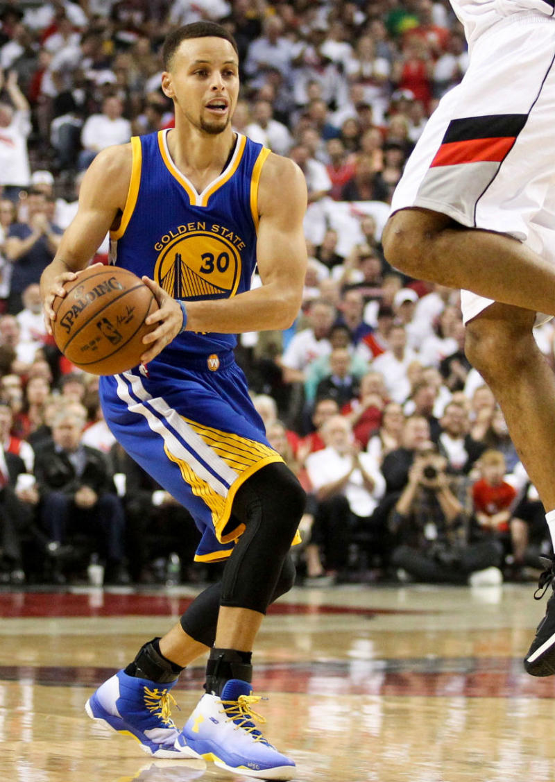 Golden State Warriors Home Court >> The Sneakers Worn During Stephen Curry's 10 Greatest ...