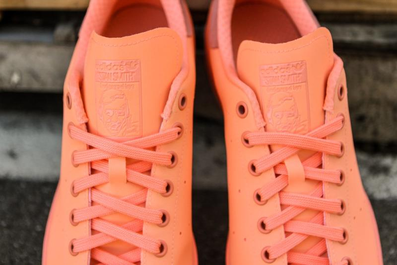 finest selection bc211 4d6ea Sunglow adidas Stan Smith (2)