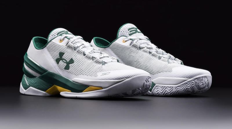 curry 4 low white