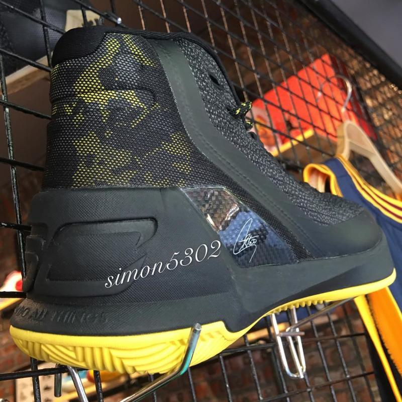 reputable site 5e5be 80925 Under Armour Curry 3 Black Yellow Camo (7)