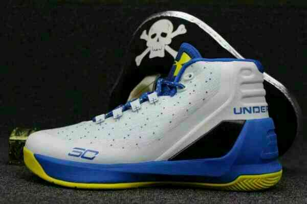 Girls' Preschool Under Armour Curry 2.5 Basketball Shoes