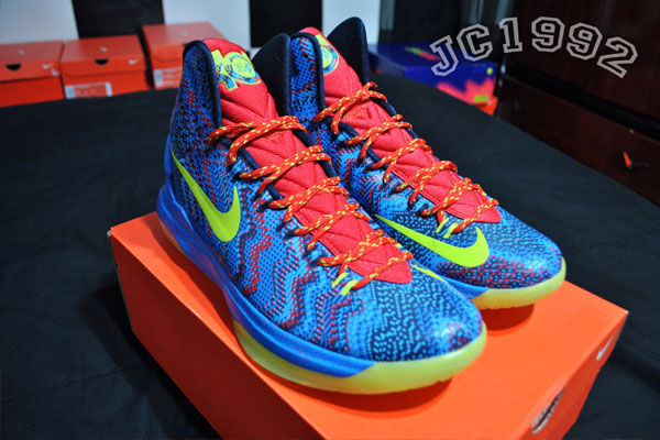 d86d8ecda23 ... on Christmas Day as Durant and the Thunder face LeBron and the Heat for  the first time this season. Stay tuned to Sole Collector for official  release ...