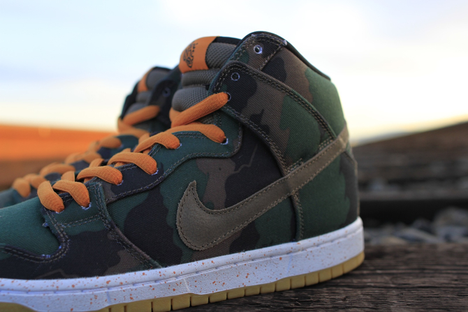 510 Skate Shop x Nike SB Dunk High Fog Camo detail