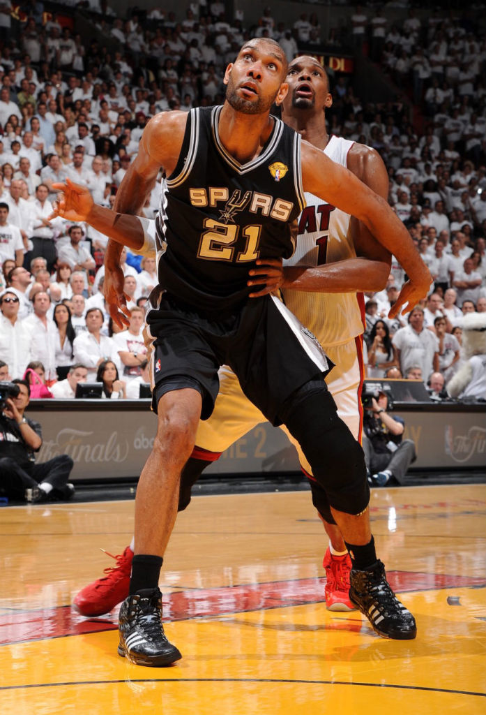Tim Duncan Wears adidas Crazyquick PE In Game 1 (3)