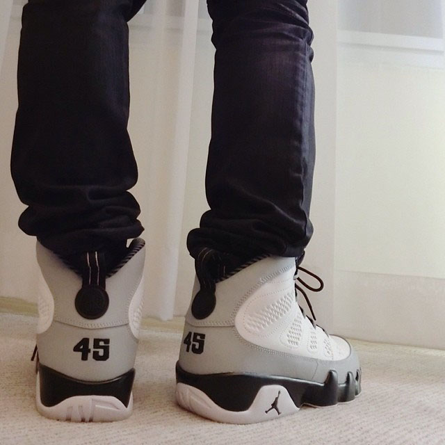 Air Jordan 9 Retro Barons 302370-106  (2)
