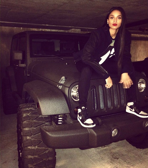 Ciara wearing Air Jordan I 1 Shadow