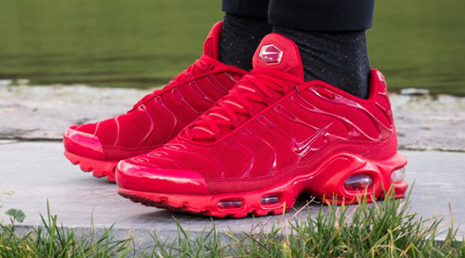 0a82dc633fd Nike Air Max TN Red