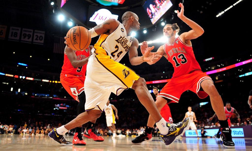 Kobe Bryant Wears Fan Designed NIKEiD