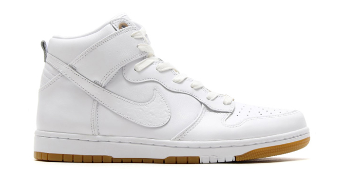 half off 6ec9f cd3fc The Cleanest Nike Dunk High CMFT Yet | Sole Collector
