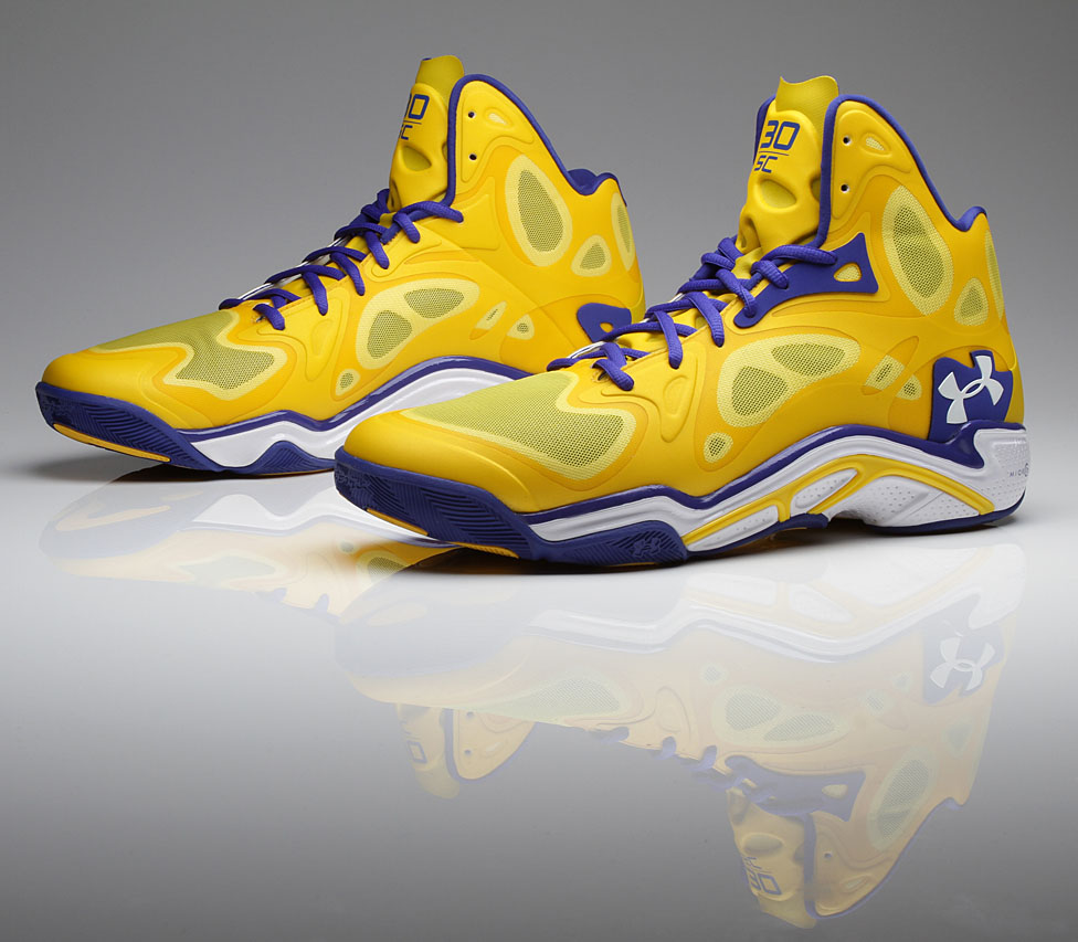 Stephen Curry Under Armour Anatomix Spawn Away PE // Close-Up (2)