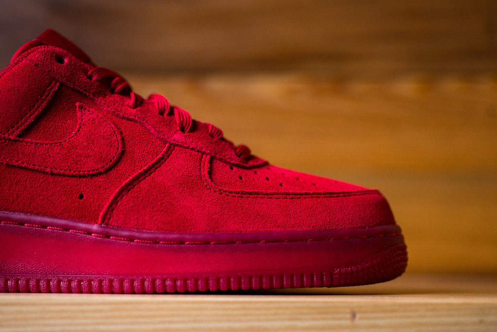 Air Force Low Suede