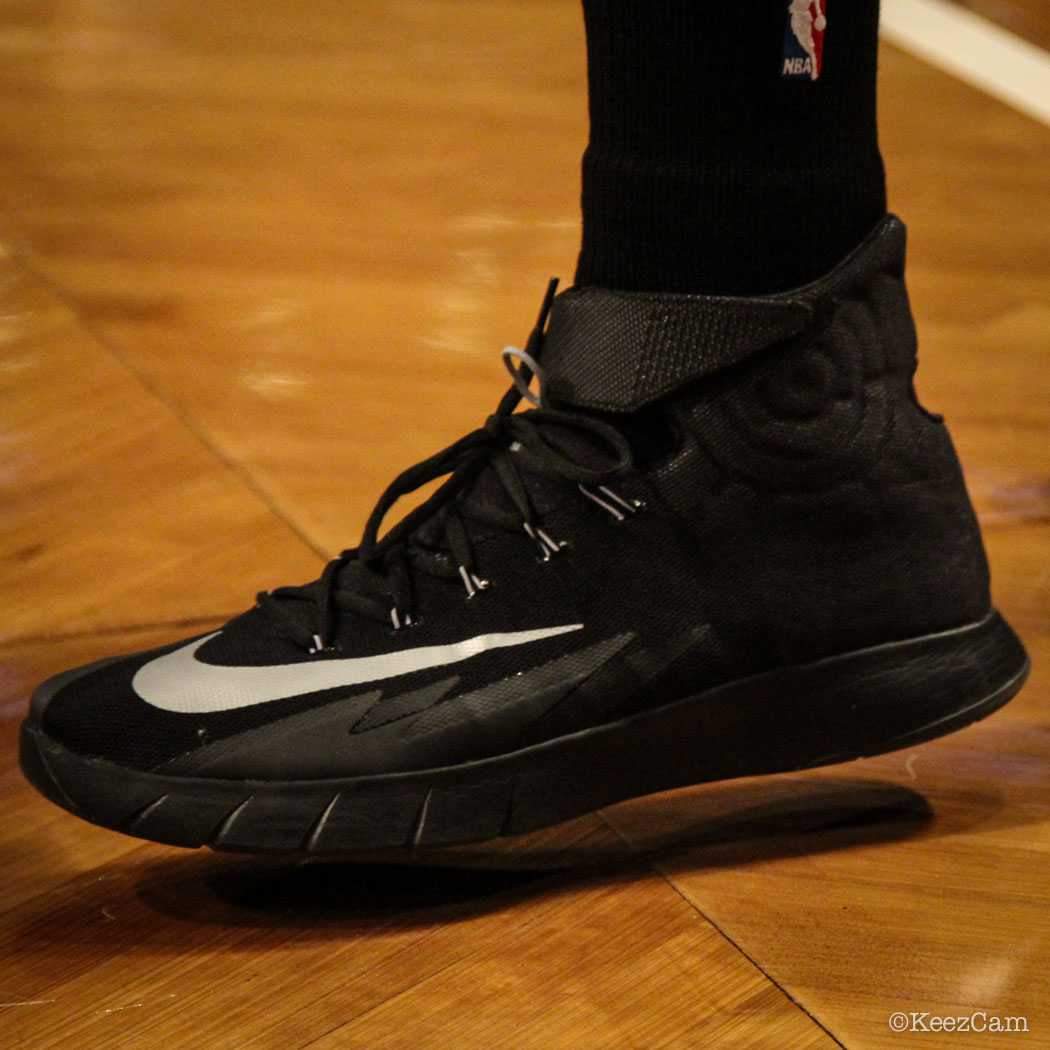 Shannon Brown wearing Nike Zoom HyperRev