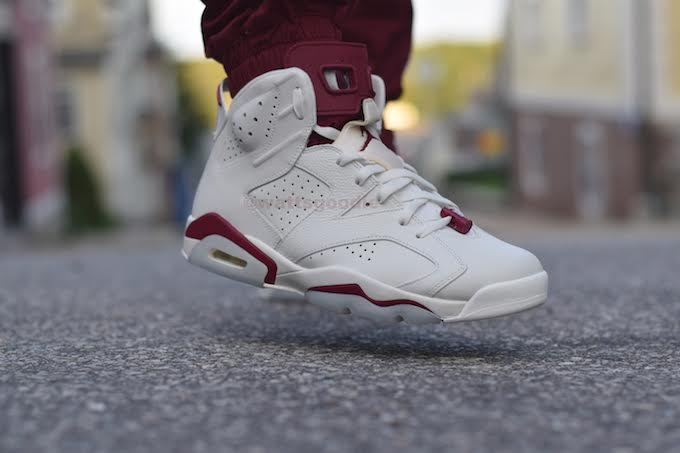 Air Jordan 6 Maroon On-Foot 384664-116 (6)