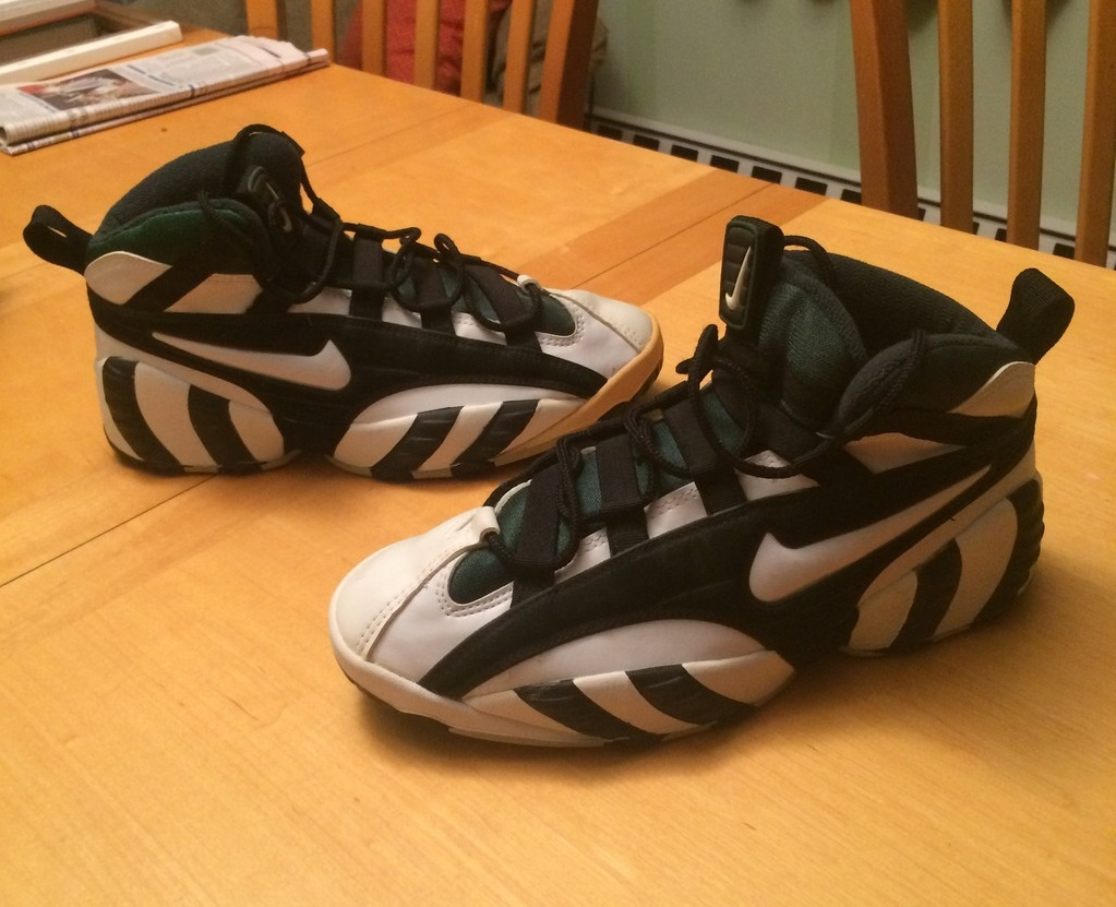 online store 0fc9a 89930 Nike Air Barrage