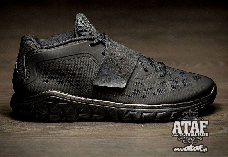 Jordan Flight Flex Trainer 2 Blackout 768911-010 (1)