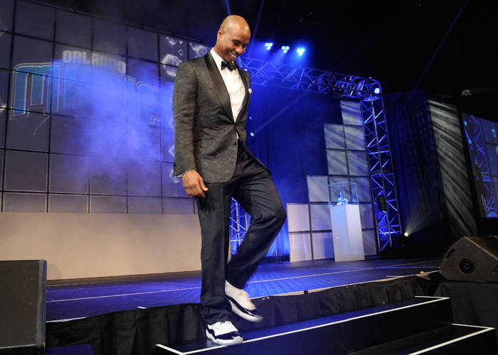 20efe10027985e Quentin Richardson wearing the Air Jordan XI 11 Concord (2). Patrick Ewing  at the 2012 OMYF Black Tie ...