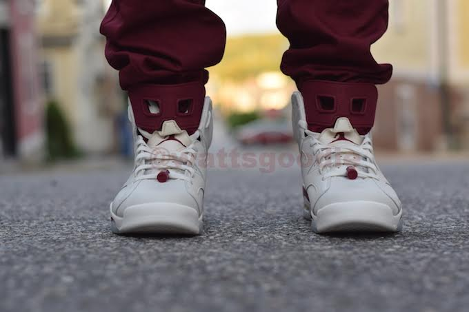 Air Jordan 6 Maroon On-Foot 384664-116 (9)