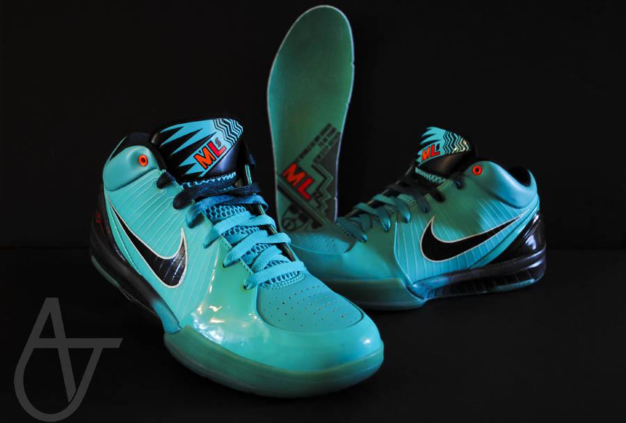 e3269bcf8955 Nike Zoom Kobe IV -