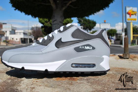 best cheap 2355a fc057 Nike Air Max 90 - Three Colorways