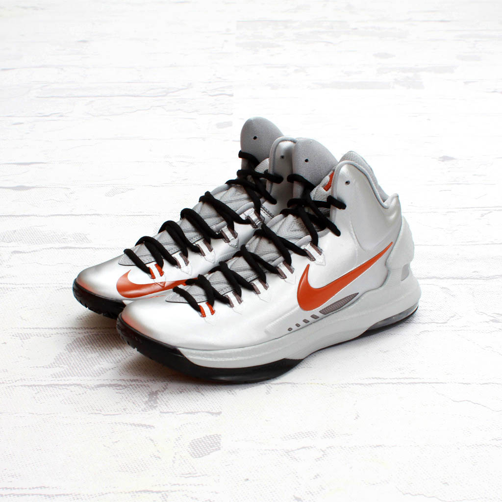 online retailer f4770 45192 Check out new images of the Texas KD V compliments of Concepts, and look  for them to hit select Nike Basketball retailers on February 23rd.
