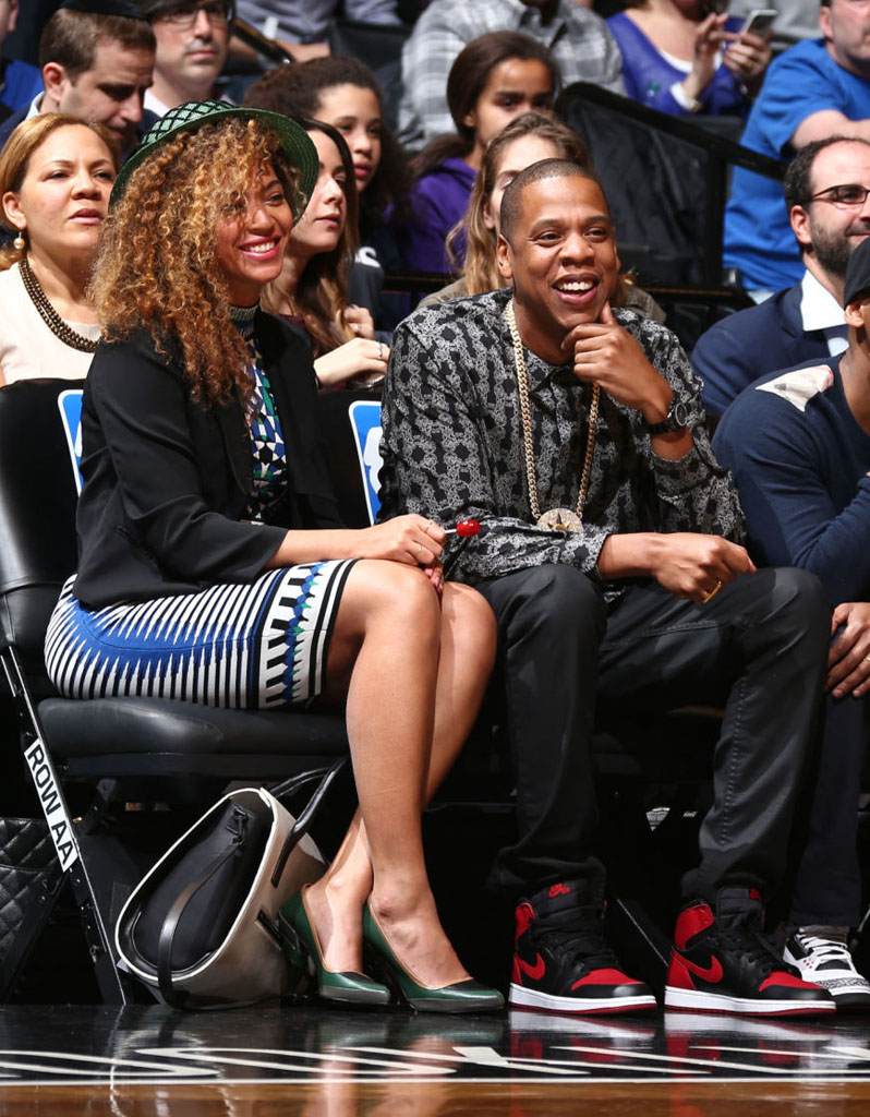 Jay Z Wears 'Bred' Air Jordan 1 (6)