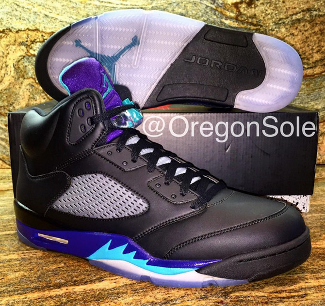 super popular ab112 43e4e This 'Black Grape' Air Jordan 5 Sample Might Be Better Than ...