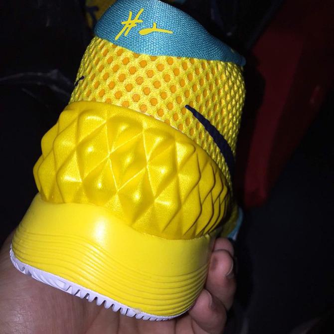 nike kyrie 1 yellow green