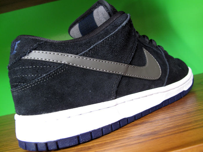 new concept af3db 59f9c Nike SB Dunk Low - Black Midnight Fog-Midnight Navy - March 2012