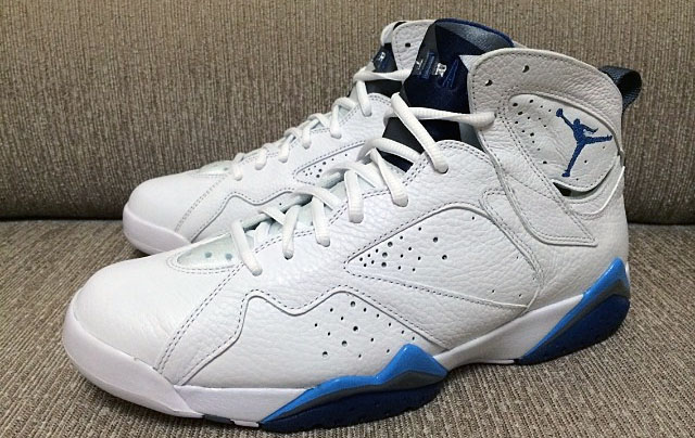 huge discount f4534 98f35 Another Look at the 2015 'French Blue' Air Jordan 7 Retro ...