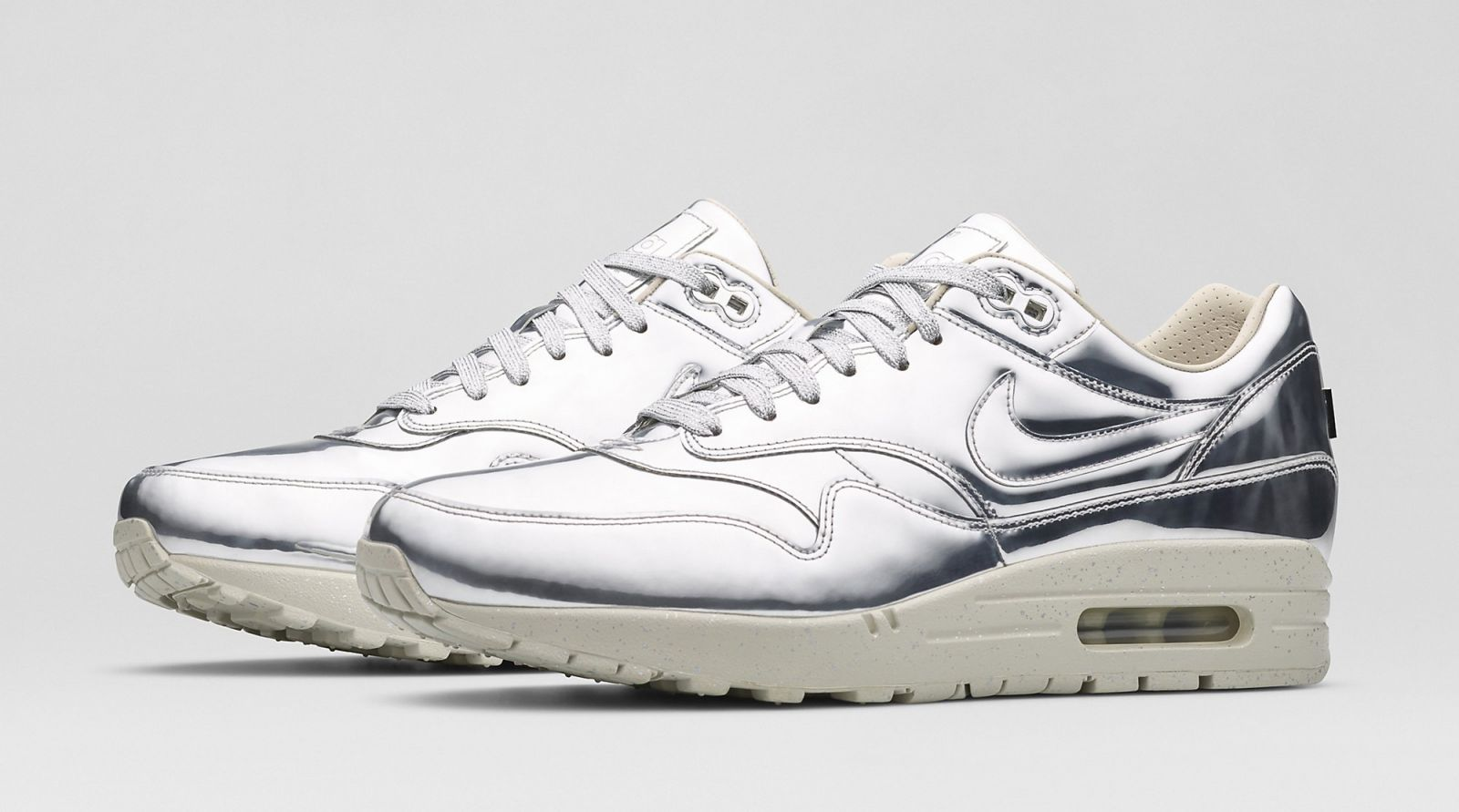 nike womens air max 1 sp in metallic silver