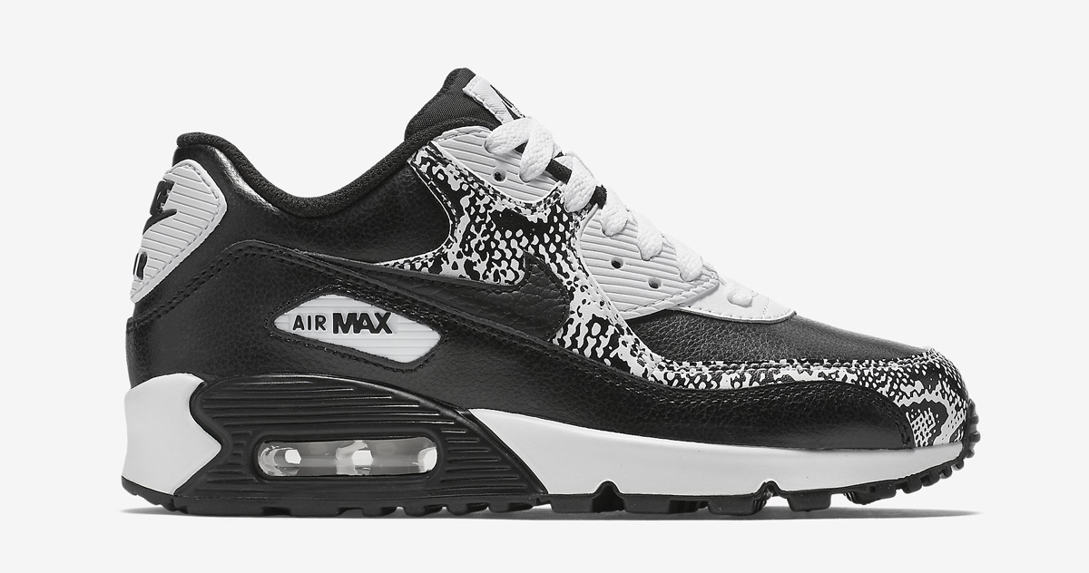 nike designed a beastly pair of air max 90s sole collector. Black Bedroom Furniture Sets. Home Design Ideas