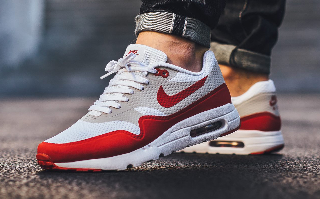 nike brings back white red air max 1s again sole collector. Black Bedroom Furniture Sets. Home Design Ideas