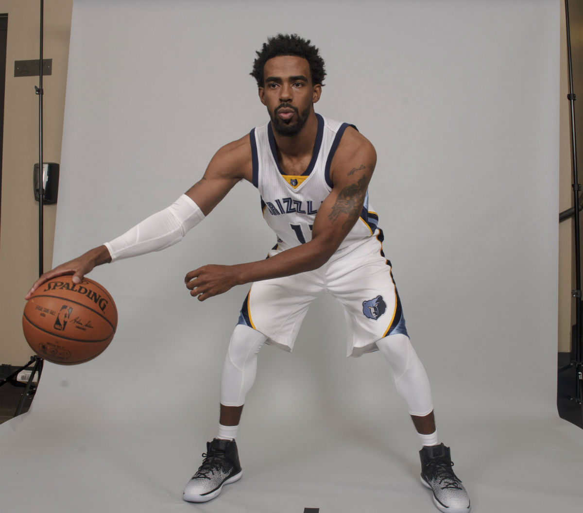 Mike Conley Signs with Jordan Brand