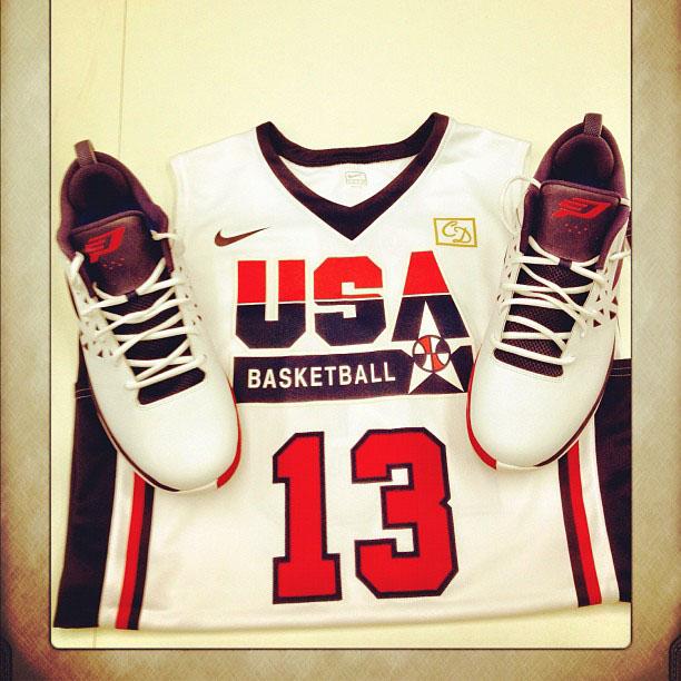pretty nice 9ebc9 e6c56 Team USA Wearing Throwback 1992 Dream Team Uniforms Today ...