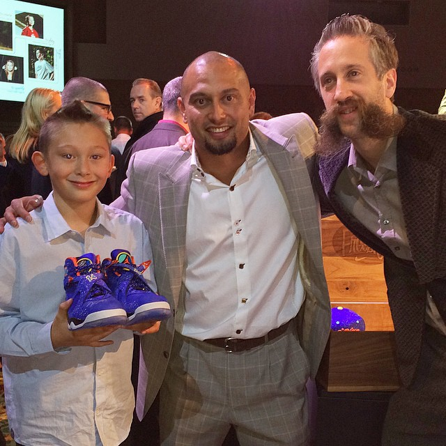 Shane Victorino Picks Up Air Jordan VIII 8 Doernbecher