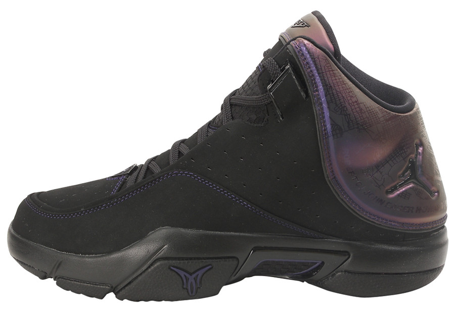 new concept a53fe f0556 Zoom LeBron V (2007)