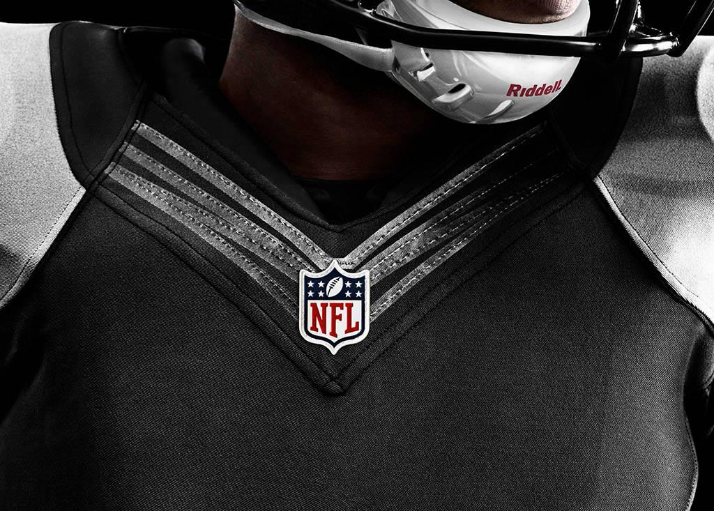 28823e469c5f The Nike Elite 51 NFL Football Uniform (7)