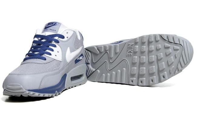 brand new d0cb4 c1344 Nike Air Max 90 Essential - Wolf Grey Dark Royal Blue