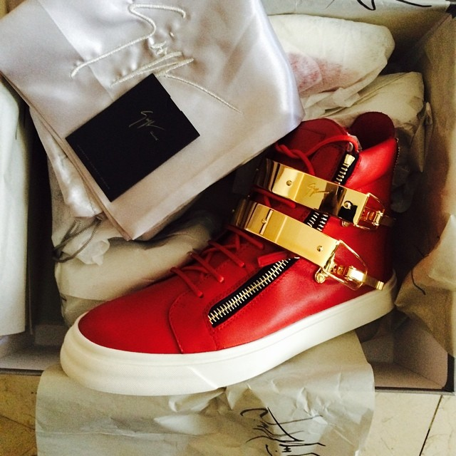 Soulja Boy Picks Up Giuseppe Zanotti Sneakers