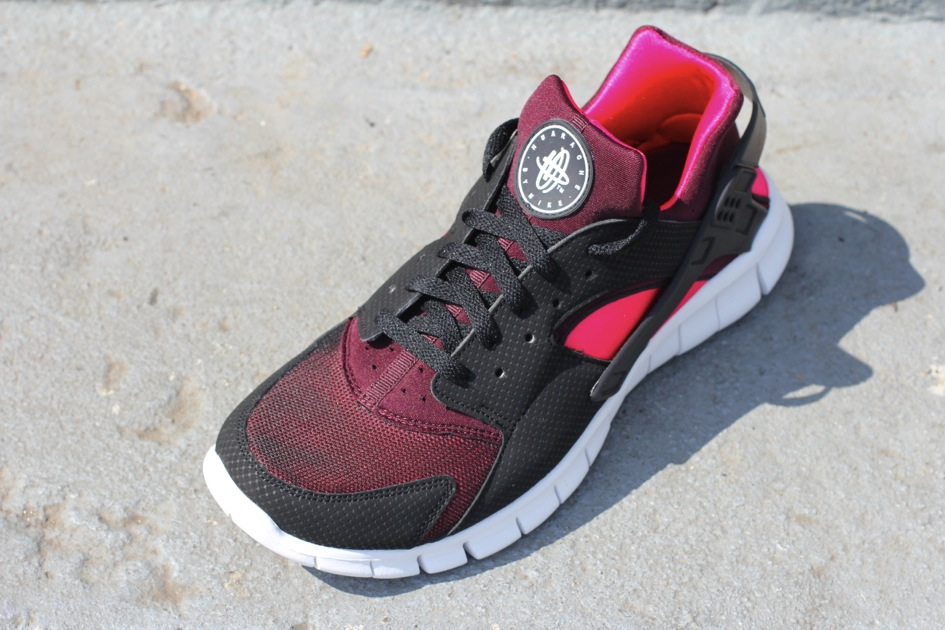 915de6df41d This latest look for the Huarache Free Run is now available at select Nike  Sportswear retailers