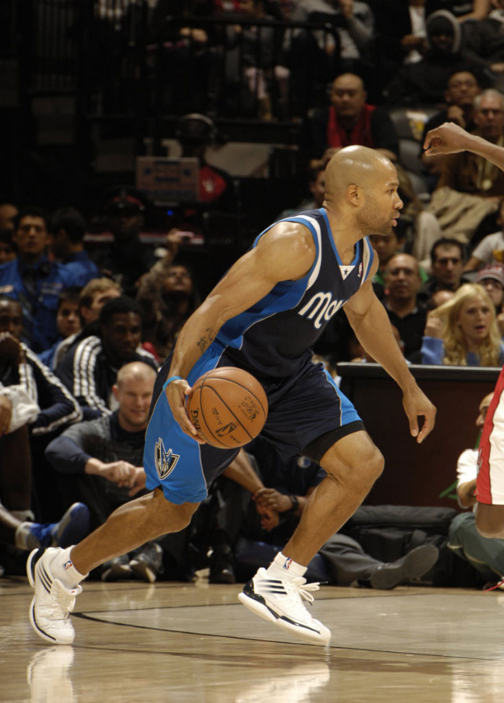 Derek Fisher wearing adidas adizero Crazy Light Low