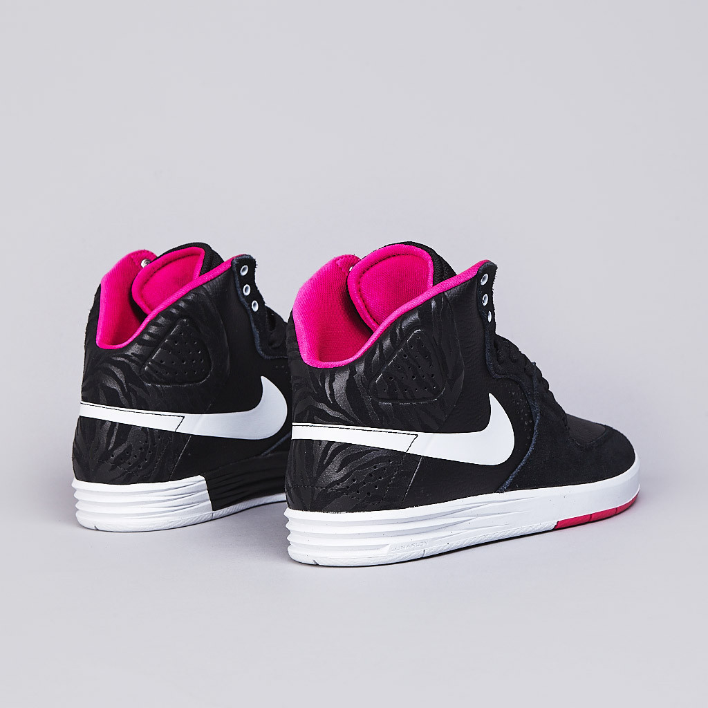 Nike SB PRod 7 High in Black White and Pink Foil heel