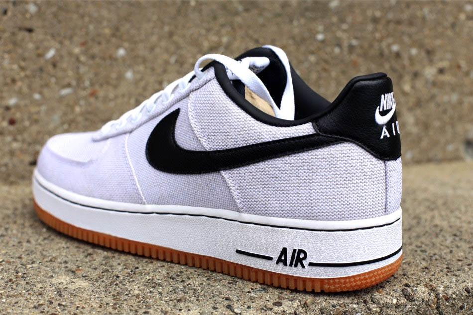 wholesale dealer d048c 47756 Nike Air Force 1  07 Canvas - White Black